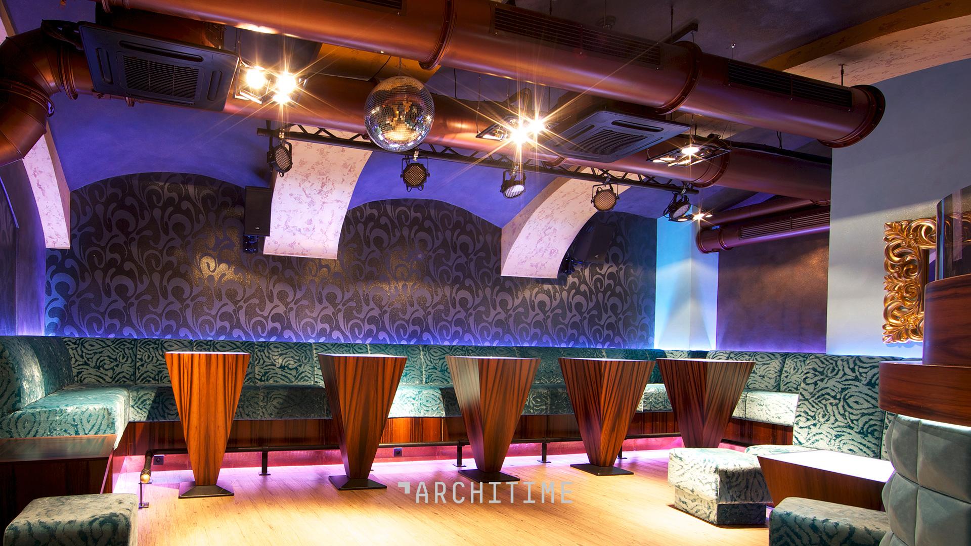 1001 nights club and bar